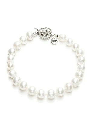 "Pearl Bracelet - 7.5"" http://www.dessy.com/accessories/7-and-a-half-inch-pearl-bracelet/"