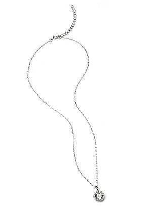 Solitaire Pendant Necklace with Bezel Detail http://www.dessy.com/accessories/solitaire-bezel-necklace/