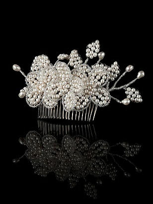 Pearl Bridal Hair Comb http://www.dessy.com/accessories/pear-bridal-hair-comb/