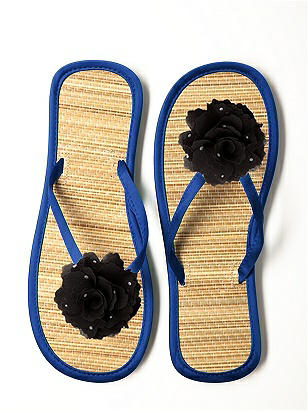 Glimmer Flower Trimmed Bridesmaid Flip Flop http://www.dessy.com/accessories/glimmer-flower-trimmed-bridesmaid-flip-flop/