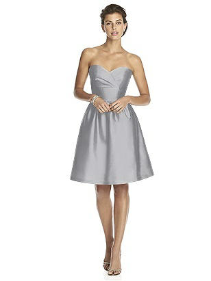 Alfred Sung Style D542 http://www.dessy.com/dresses/bridesmaid/d542/